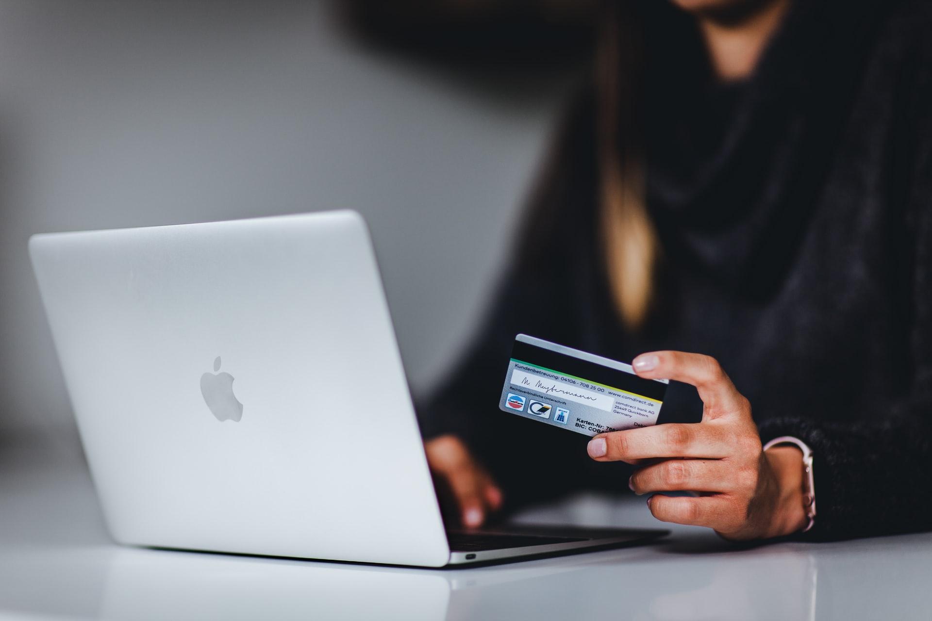 Cara Cek Rekening Penipu Saat Belanja Online