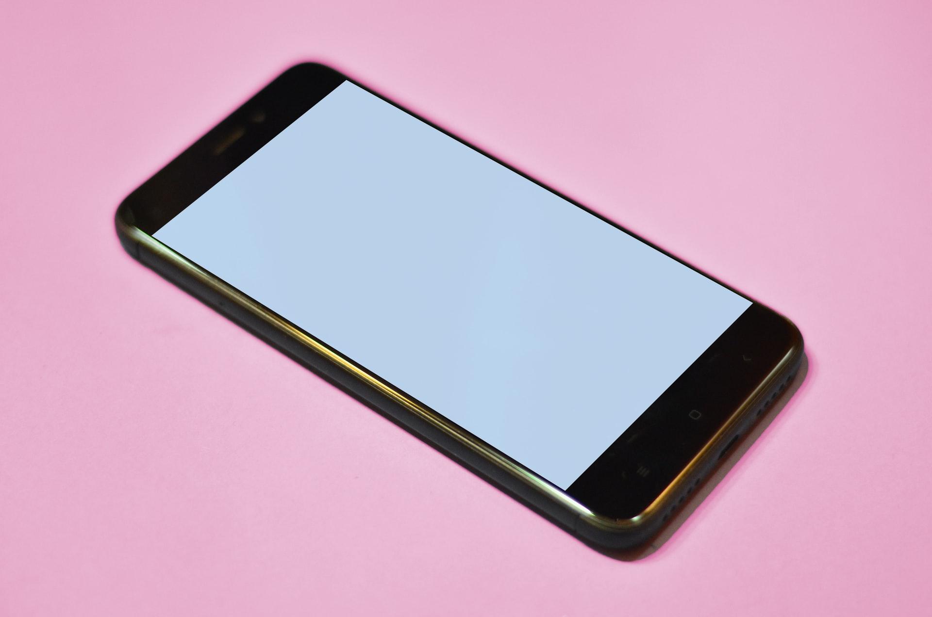5-tips-atasi-smartphone-sering-restart-sendiri