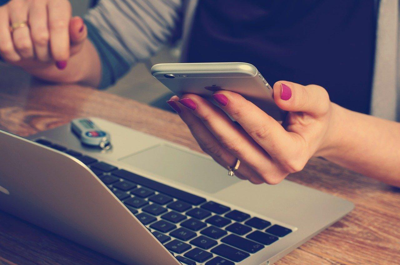cara memindahkan video dari iphone ke laptop